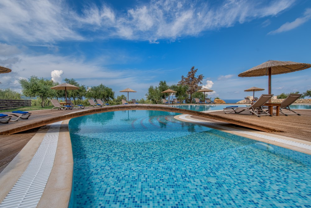 Elegance Luxury Suites / Tragaki / Zakynthos Greece
